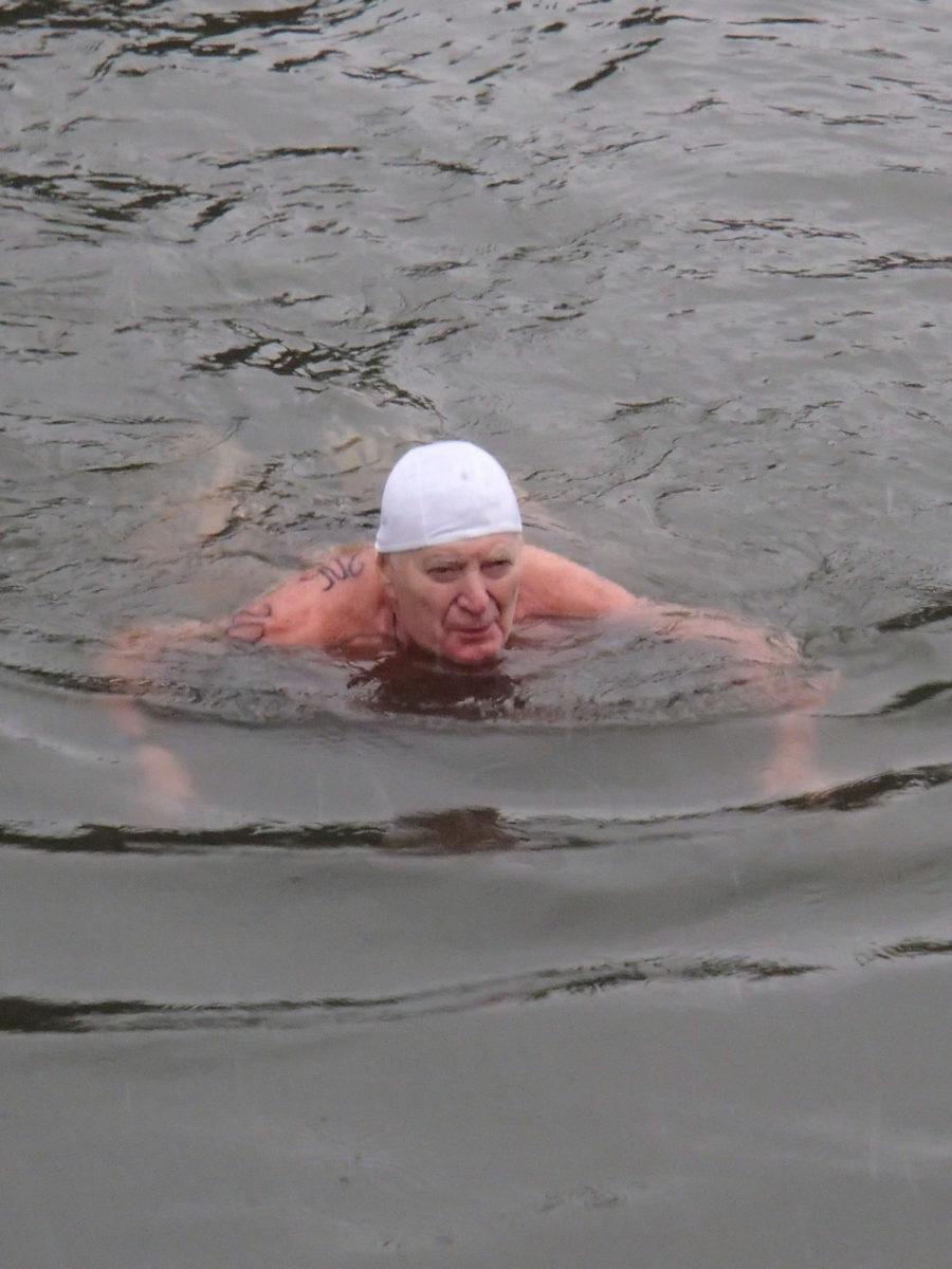 49. ročník soutěže zimních plavců v Náchodě.
