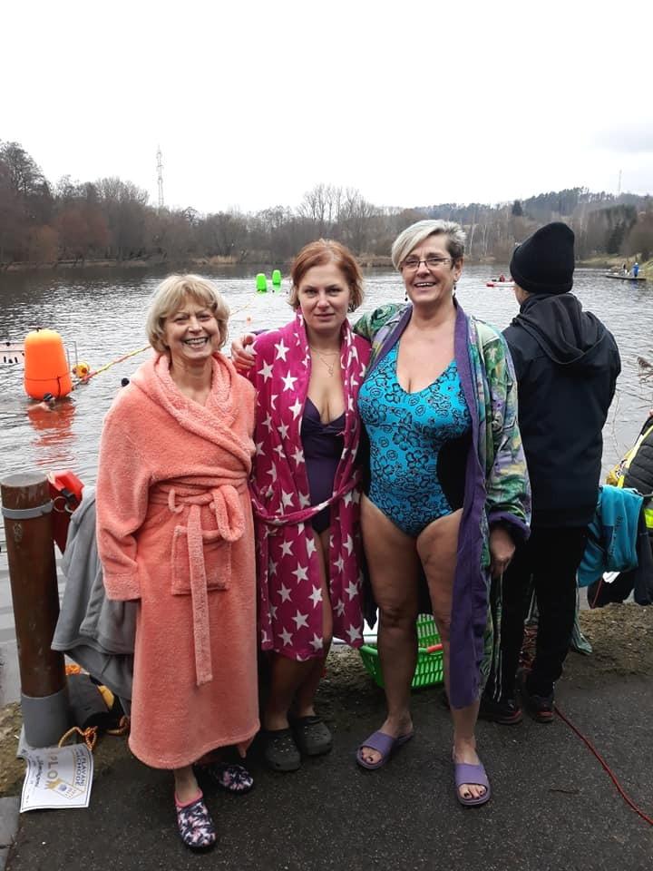 Zimní plavání v Náchodě 12.12.2020